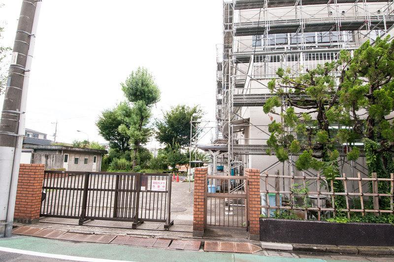 東綾瀬小学校