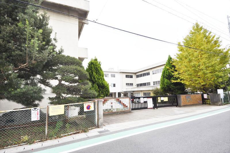上本郷小学校