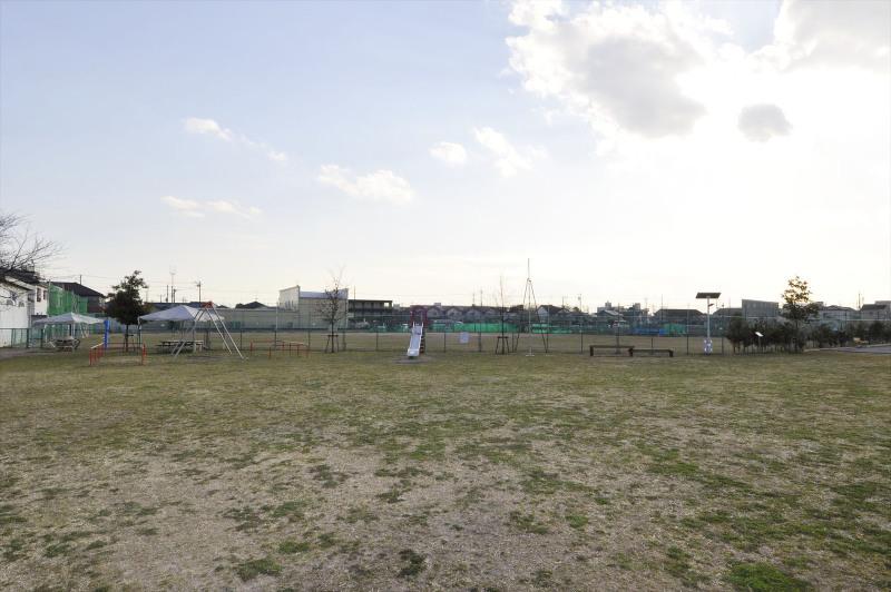防災広場(東谷自治会館)