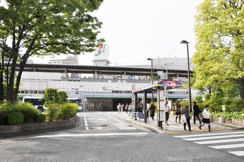JR小岩駅