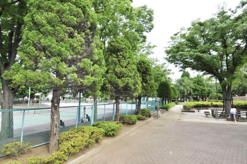 松の木公園(テニスコート有)