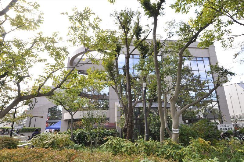 伊興図書館