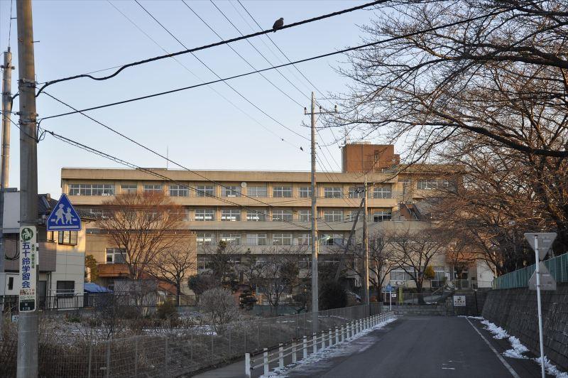 前川中学校