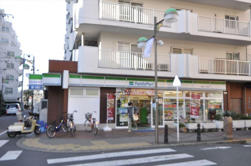 ファミリーマート亀有三丁目店