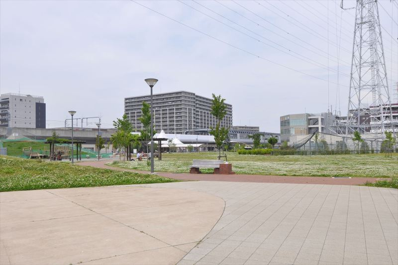 やしお駅前公園