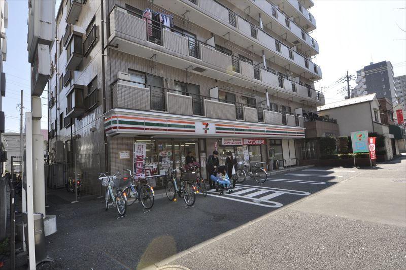 セブンイレブン足立中川4丁目店
