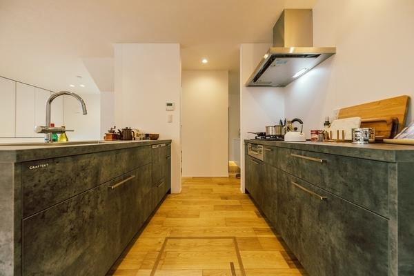 食洗機付システムキッチン。