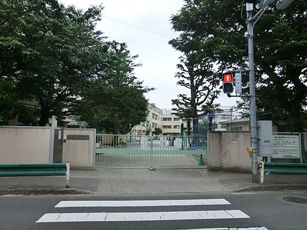 世田谷区立多聞小学校