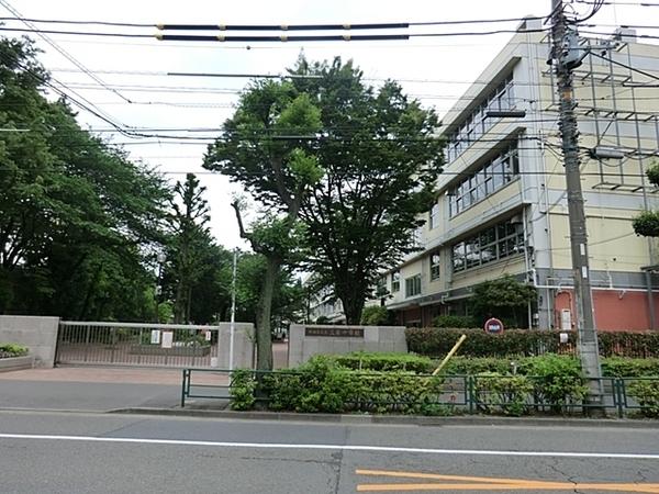 世田谷区立三宿中学校