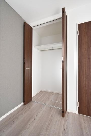各居室収納スペースが充実しています。