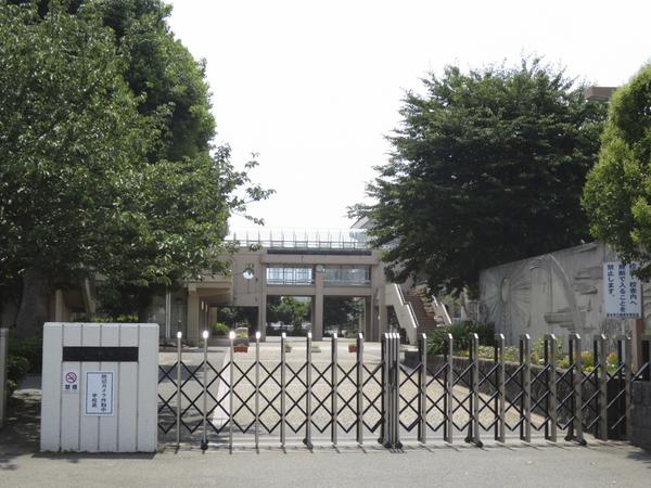 厚木市立藤塚中学校