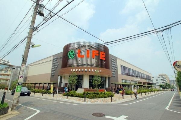 ライフ桜新町店