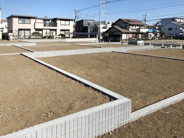 「愛甲石田」駅から徒歩9分の好アクセス!