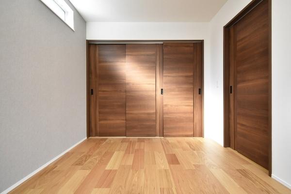 各部屋デザイン異なります!