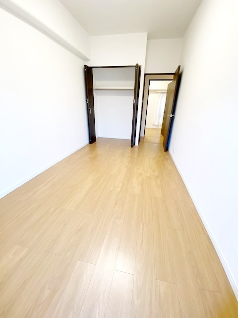 洋室(3)約6帖の収納スペースです。