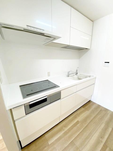 食洗機付きのシステムキッチンです。