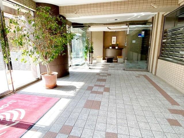 総戸数125戸のビッグコミュニティ。 管理体制良好なマンションです。