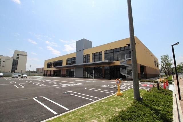 フォルテ船橋塚田(仮称・2020年内完成予定)(750m) スーパー・ベルク等、複数のテナントから入居予定です。