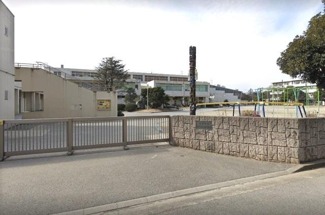 千葉市立幸町第三小学校 600m