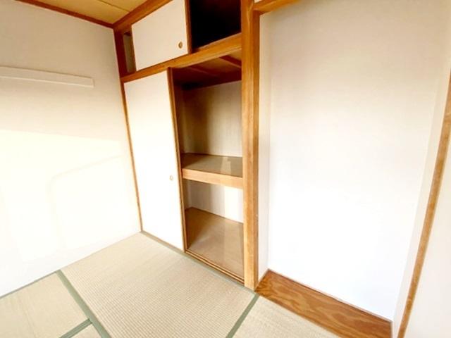 和室6帖の収納スペースです。