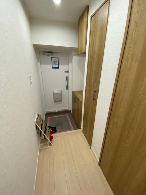 玄関ホール(廊下)スペースです。