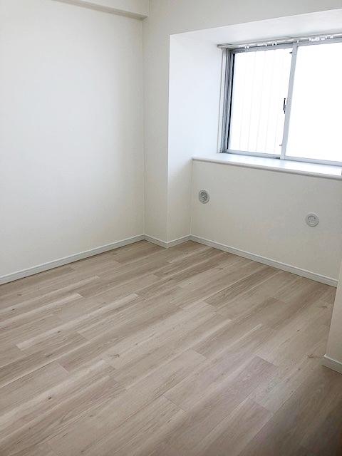 洋室5.0帖のお部屋です。。