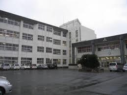 船橋市立前原中学校 1055m