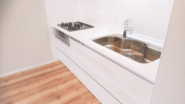 食洗機付きシステムキッチン新規交換致しました。