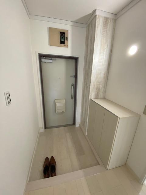 すっきりとした玄関スペースです。