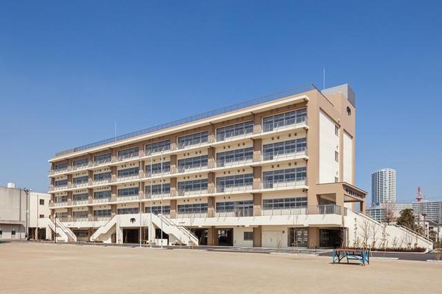 船橋市立湊中学校 700m