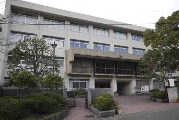 神奈川県立厚木西高校
