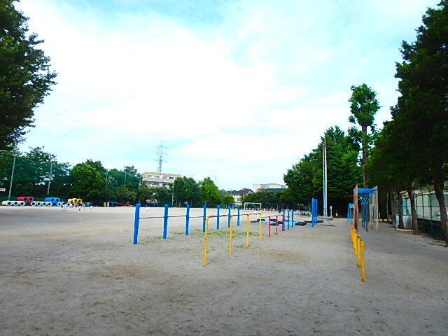 船橋市立丸山小学校 800m