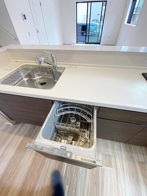 キッチンには食洗器付です。