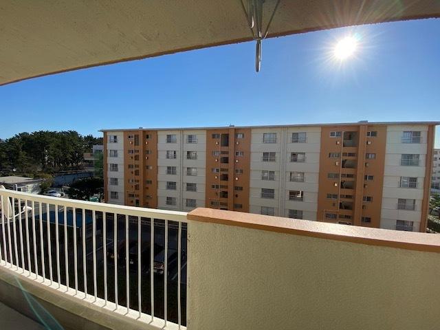 適度な棟間隔があり、開放感のある眺望です。