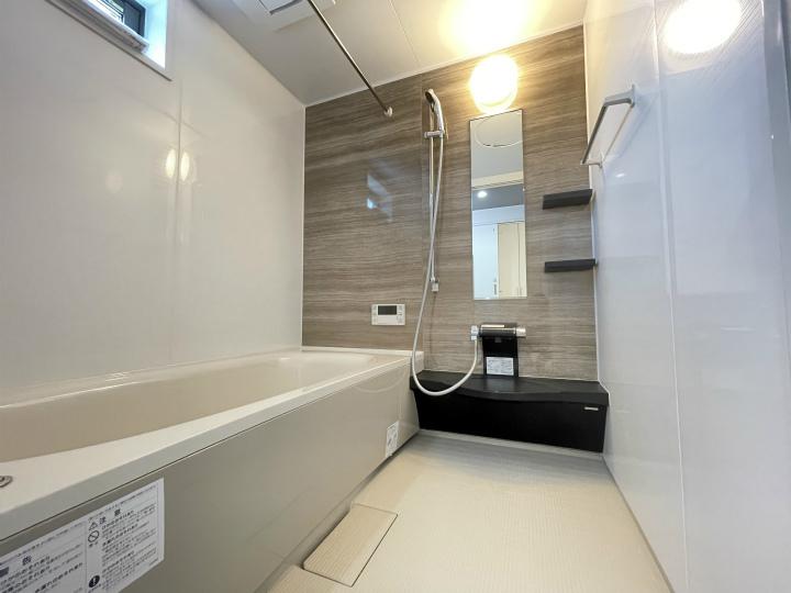 パナソニック洗面化粧台 CLine 毎日使う美容家電を使いやすくすっきり収納。