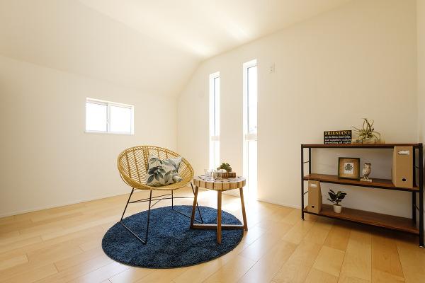 【洋室施工例】天空の家は窓が多く、どのお部屋も暖かい陽射しが差し込みます。