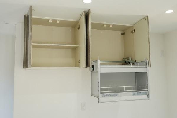 吊戸棚施工例 リフトダウンウォールで安心です