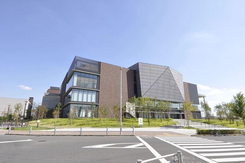 東京理科大学葛飾図書館