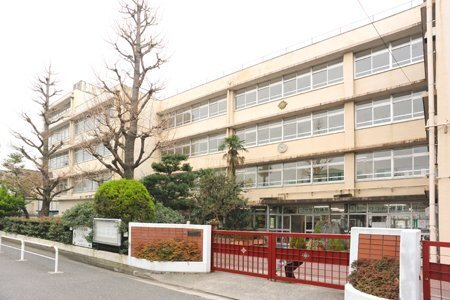 板橋区立上板橋第一中学校 250m