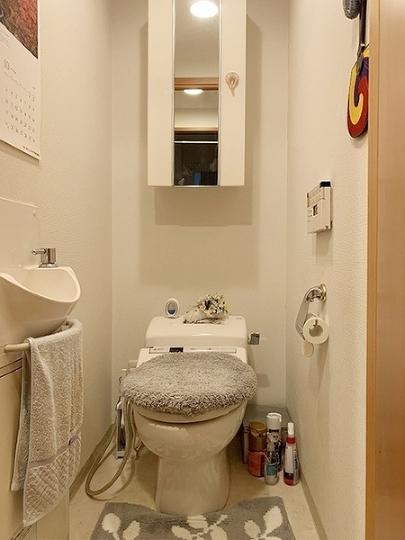 トイレ内に手洗い場設置。