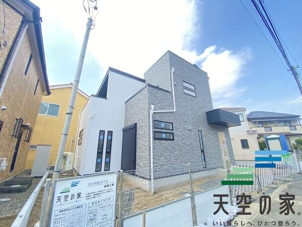 総武線快速の止まる「市川」駅を利用でき、アクセス良好です!駅前には多くの駐輪所もございます。